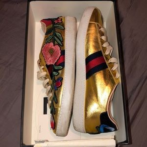 Gucci Gold Ace Embroidered Sneaker limited edi.